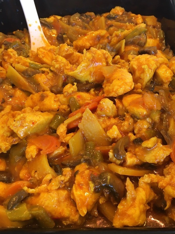 Kip in currysaus